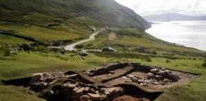 bourse d'étude à l'École d'études de terrain archéologique Achill