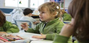Possibilités de bénévolat en France pour enseigner aux enfants malentendants pendant un an (partiellement financé)
