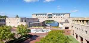 Undergraduate and Postgraduate Scholarships for Lebanese Students at Bond University in Australia 2020