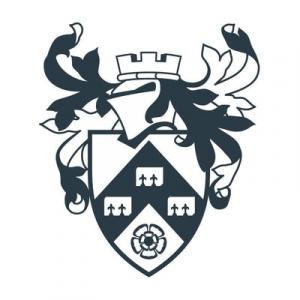 Physique (avec un an à l'étranger) (Hons), University of York , Royaume-Uni